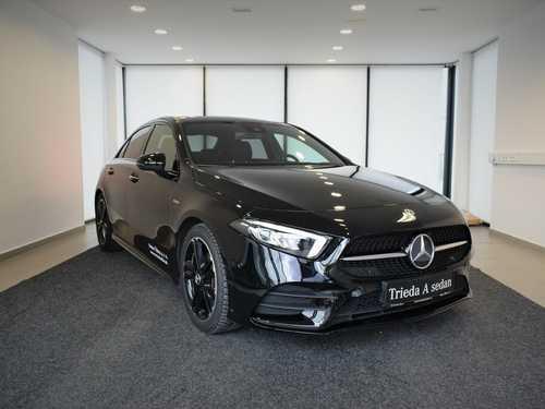 Mercedes-Benz A 180 sedan