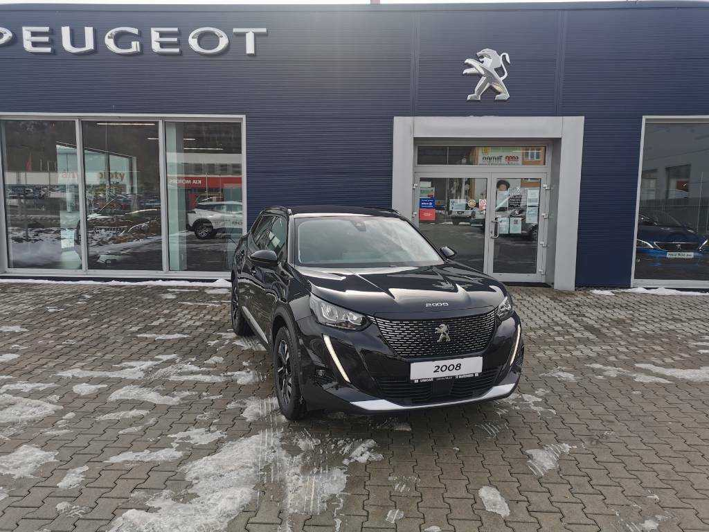Peugeot 2008 MY21 Allure 1,2 Pure Tech, EAT8 130K