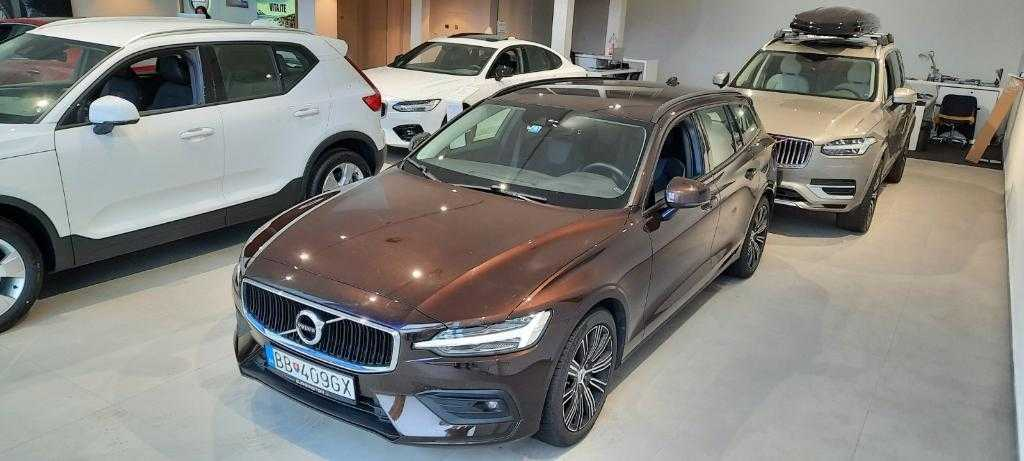 Volvo V60 II II D4 Momentum A/T
