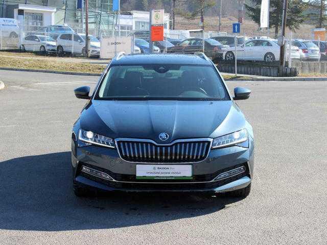 Škoda Superb Combi Combi iV 1,4 TSI /