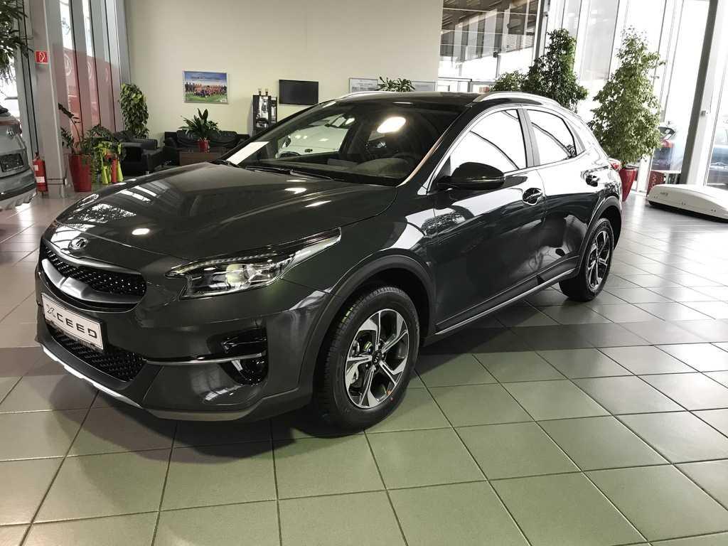 Kia X CEED 1,5 T-GDi GOLD M6103kW/140k