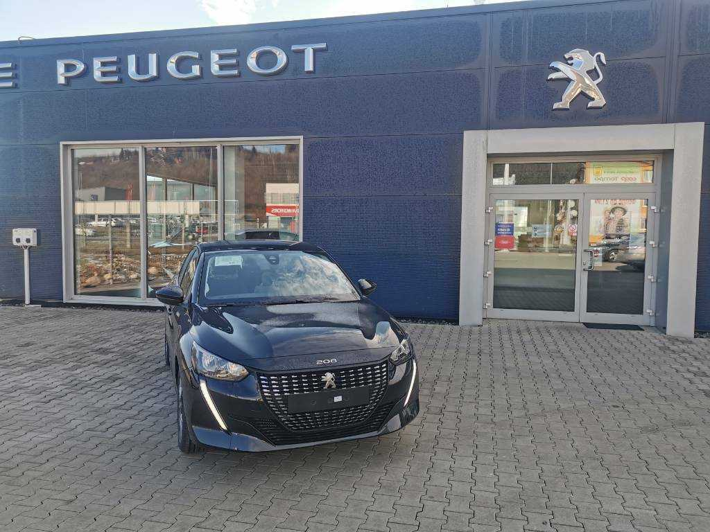Peugeot 208 1.2 PureTech 100 Active Pack EAT8